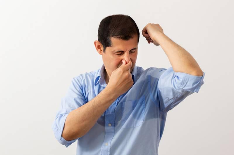 体臭を自覚しにくくする、その他の要因とは